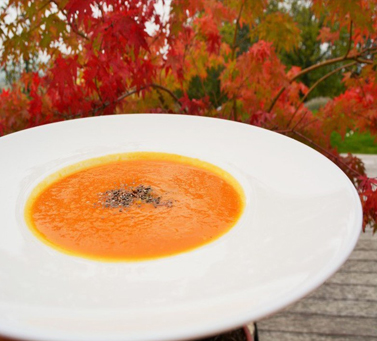 Tomato soup with pumpkin